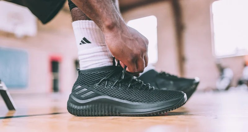 "sports shoes 4f292 67f4c adidas Dame 4 ""Dame Time"" Honors Lillards Undeniable Clutch Gene"
