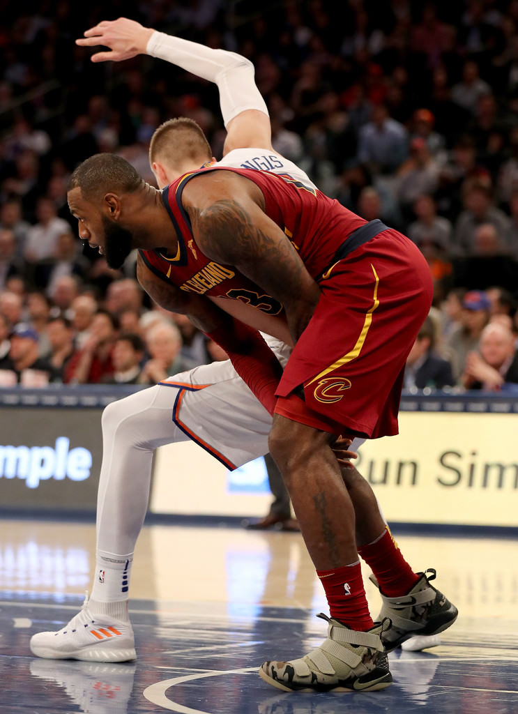 155d932b622d ... aliexpress lebron james in the nike lebron soldier 11 veterans day  8c629 bc49d