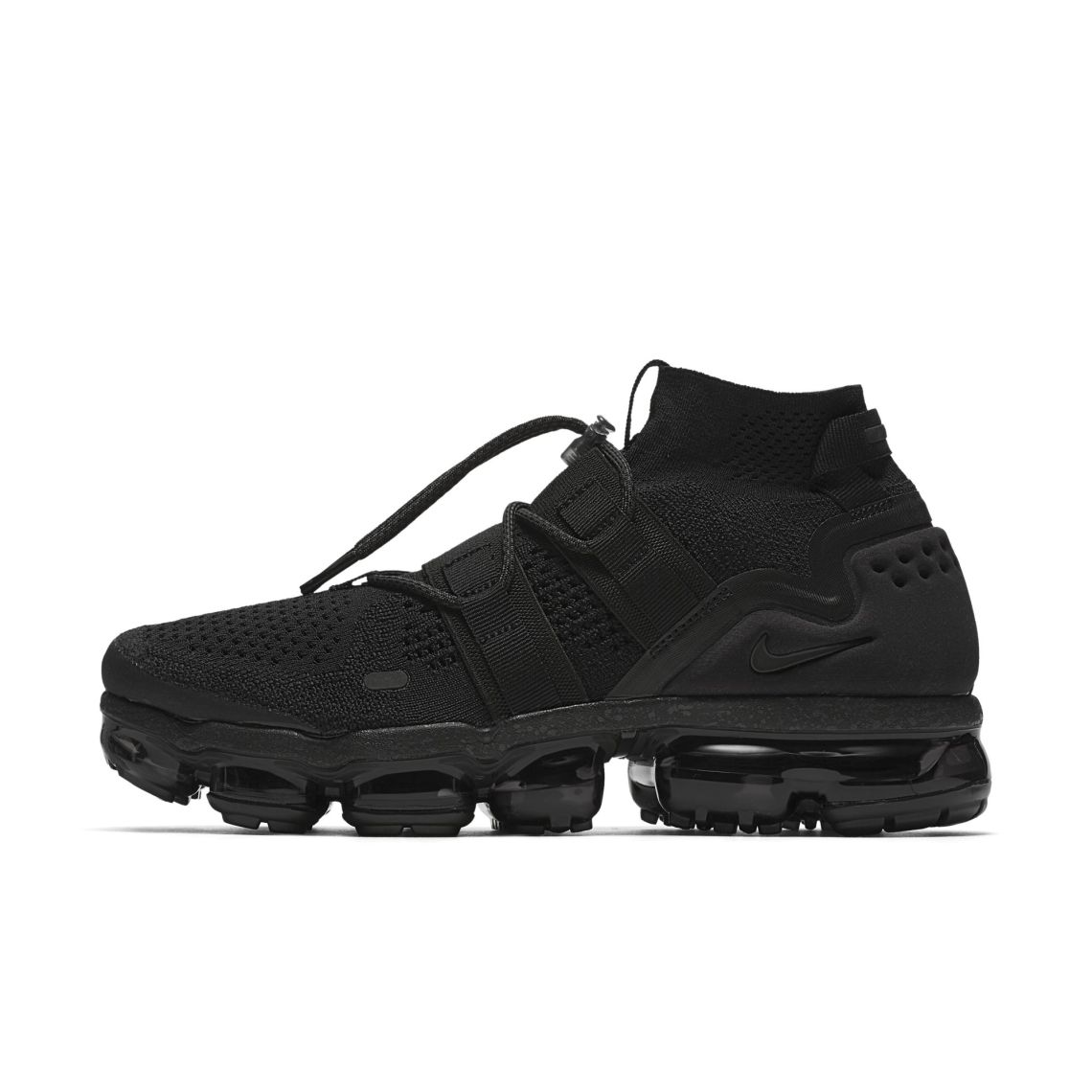 "Nike Air VaporMax Flyknit Utility ""Triple Black"""
