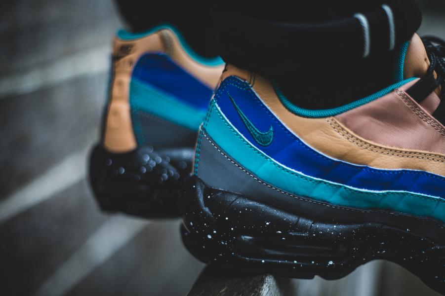 Nike Air Max 95 Men's Running Shoes PralineTurbo GreenCool GreyMega BlueBlack sku:38416204