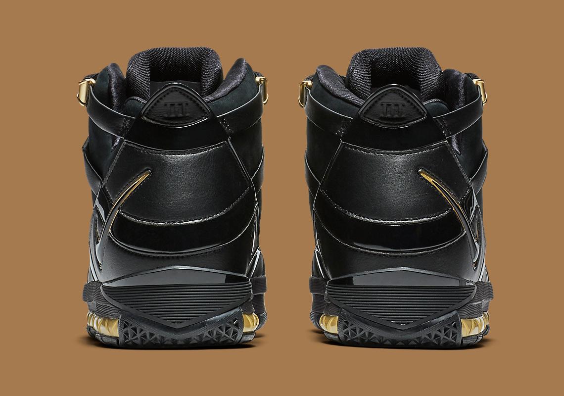caf2cb83eed417 Nike LeBron 3 Black Gold OG Lands Next Week