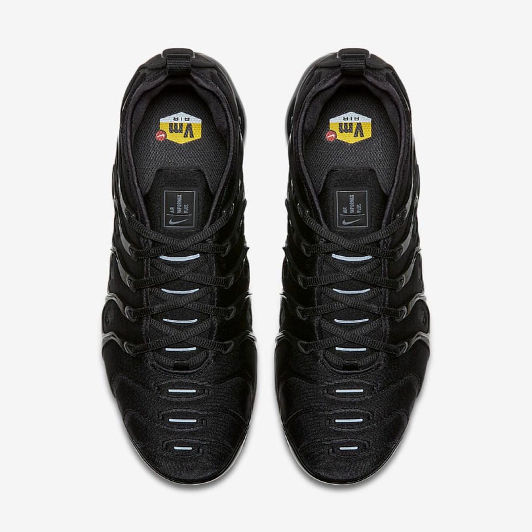 "Nike Air VaporMax Plus ""Triple Black"" // Release Date"