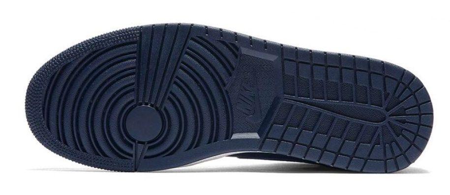 892ccab4610 ... Air Jordan 1 Mid Royal Obsidian