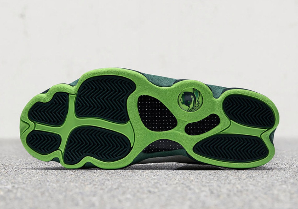 "Air Jordan 13 ""Oregon Ducks"" PE"