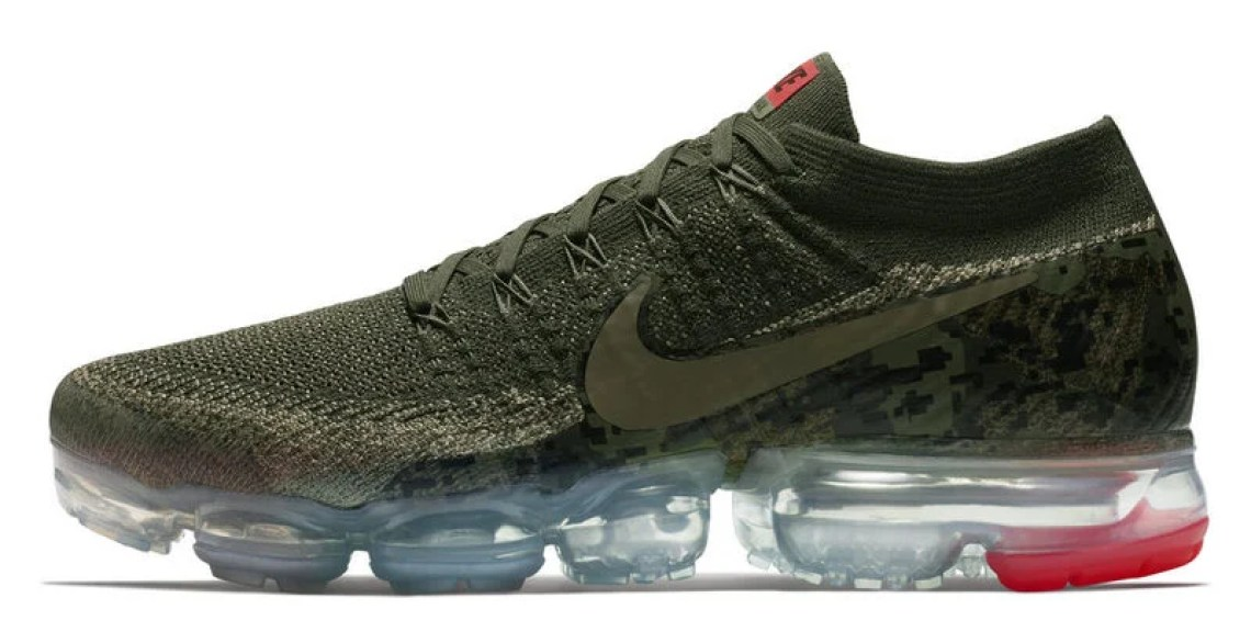 on sale c4f2c 1866a Nike Air VaporMax Flyknit