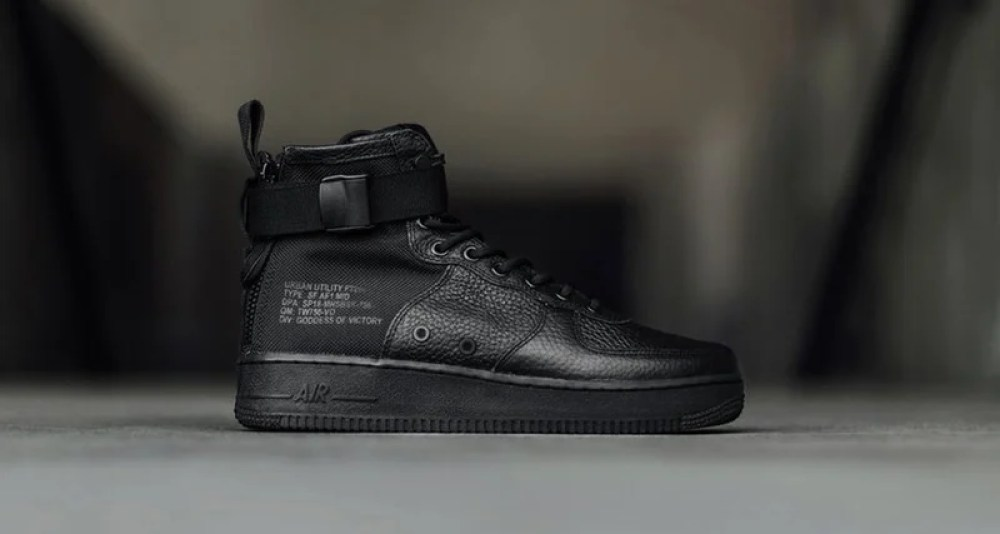 100% authentic e4a18 42330 Nike SF-AF1 Mid