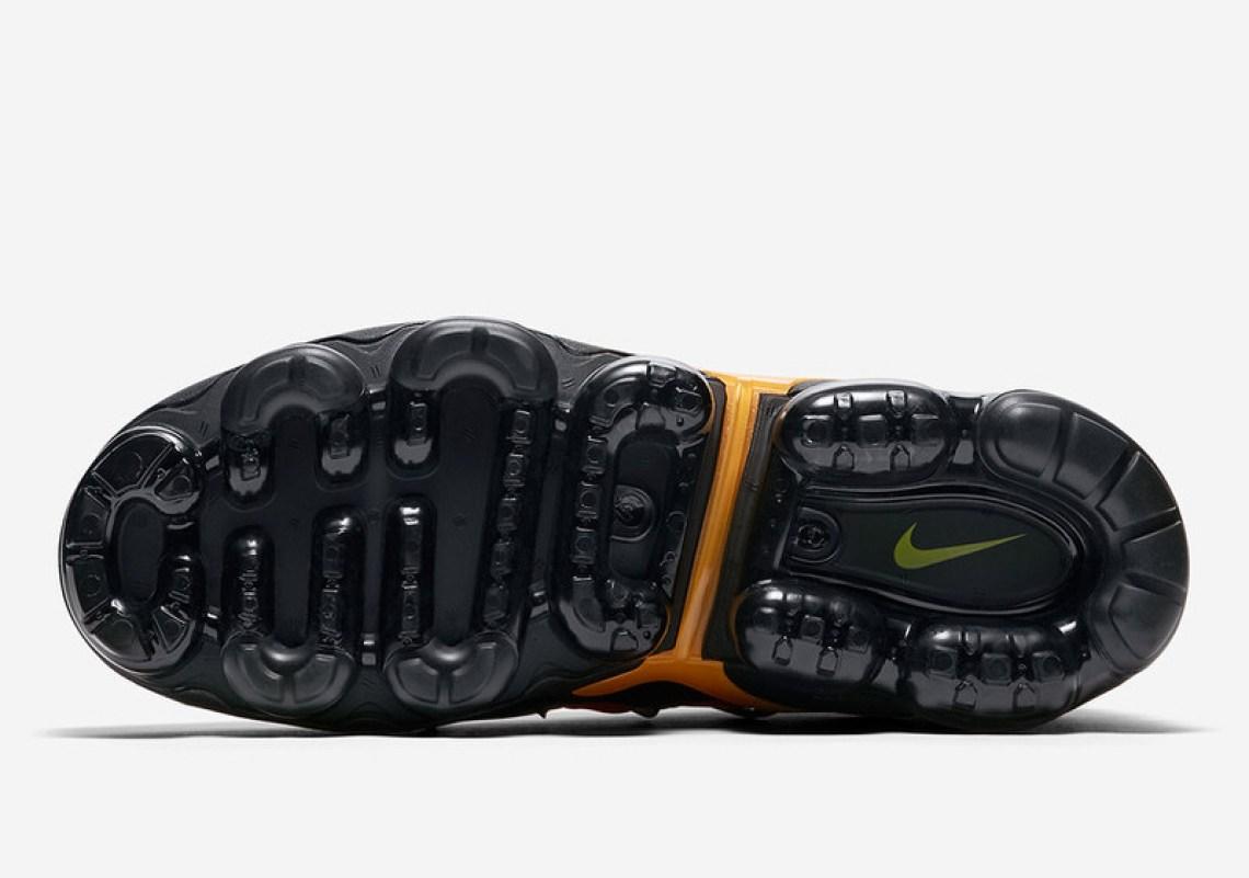 6b29d79f77f83 Nike Air VaporMax Plus