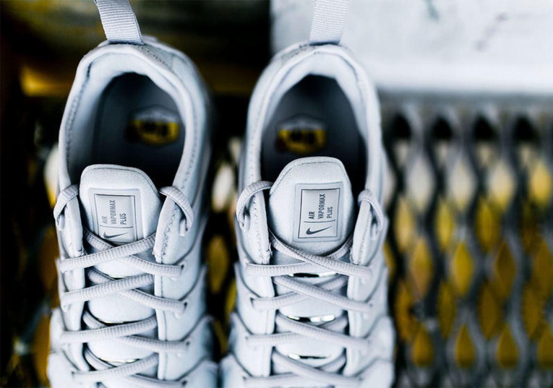 "Nike Air VaporMax Plus ""Wolf Grey"""