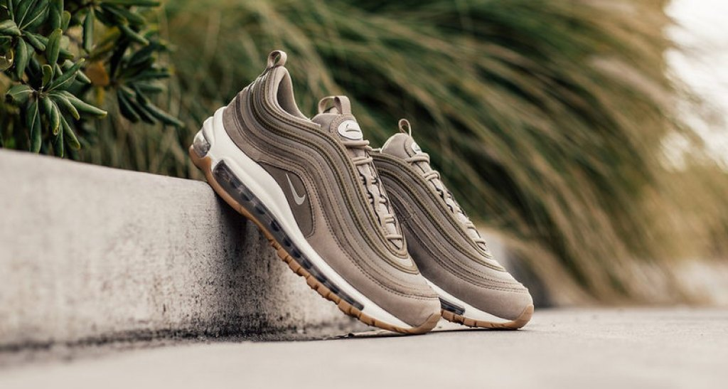 official photos 3ecc6 dd95a Nike Air Max 97