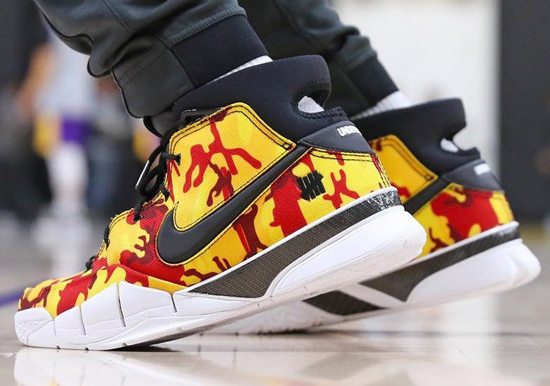"Undefeated x Nike Zoom Kobe Protro ""Yellow Camo"" PE"
