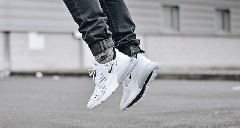 nike air max 270 bianco / nero, disponibile belle scarpe