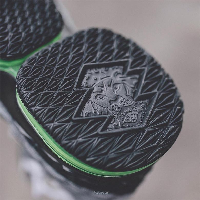 "Nike LeBron 15 ""Neon"""