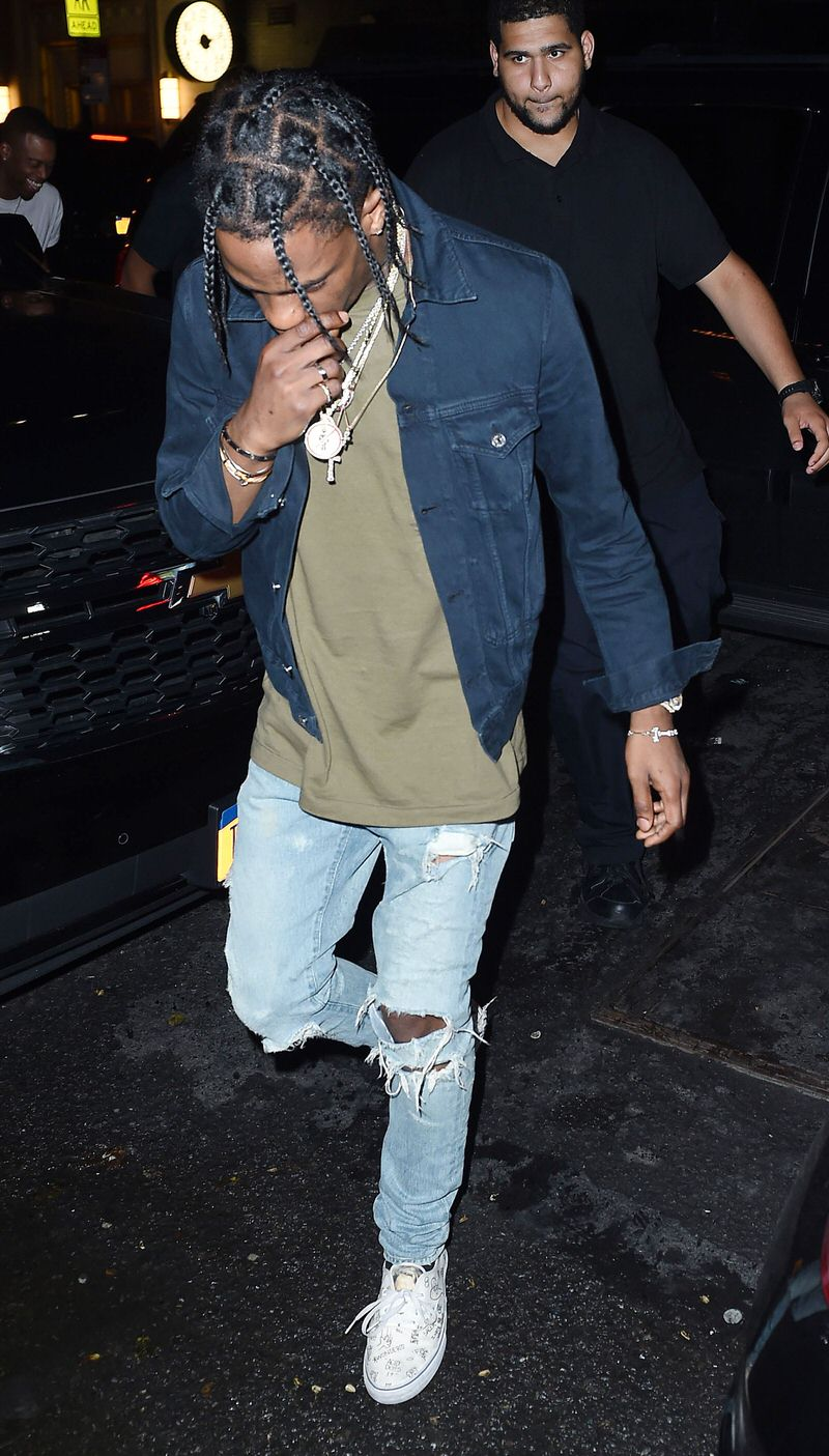 Travis switches up the shades of denim to avoid Canadian tuxedo territory.