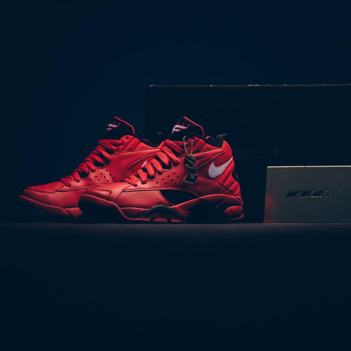3dcb72bddbea38 Nike Air Maestro II