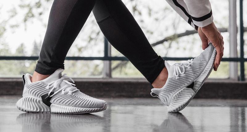 online store 361e1 05842 adidas Running Reveals AlphaBOUNCE Instinct