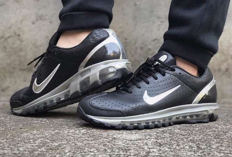 newest da83a 63eb4 The Nike Air Max 2K3 was later re-issued as part of the History of Air pack  in 2005, available on NikeID, a website where one could make their own pair  of ...