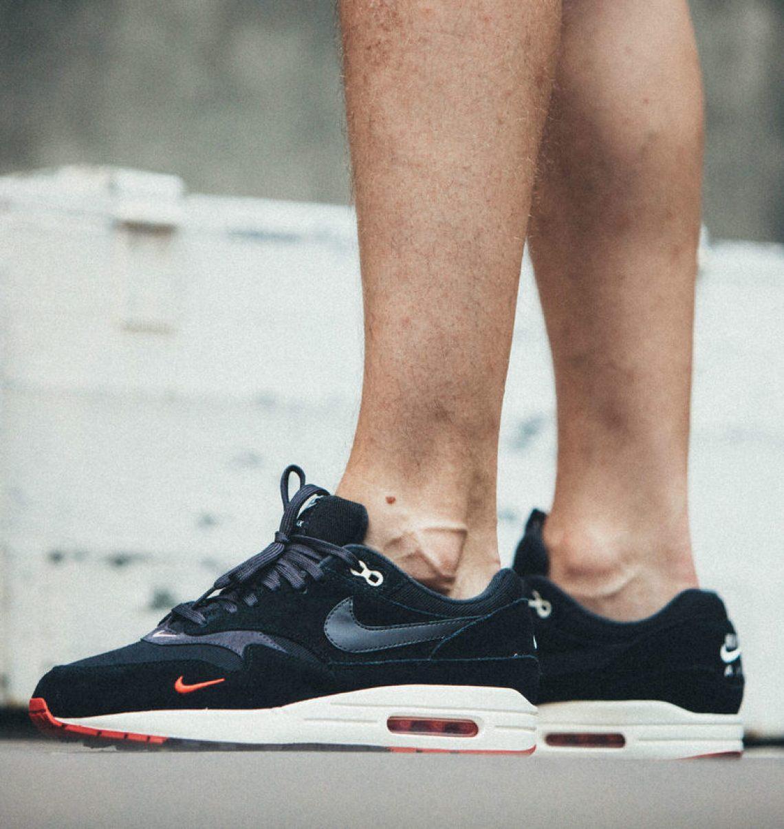 a862394c239 Nike Air Max 1 Premium