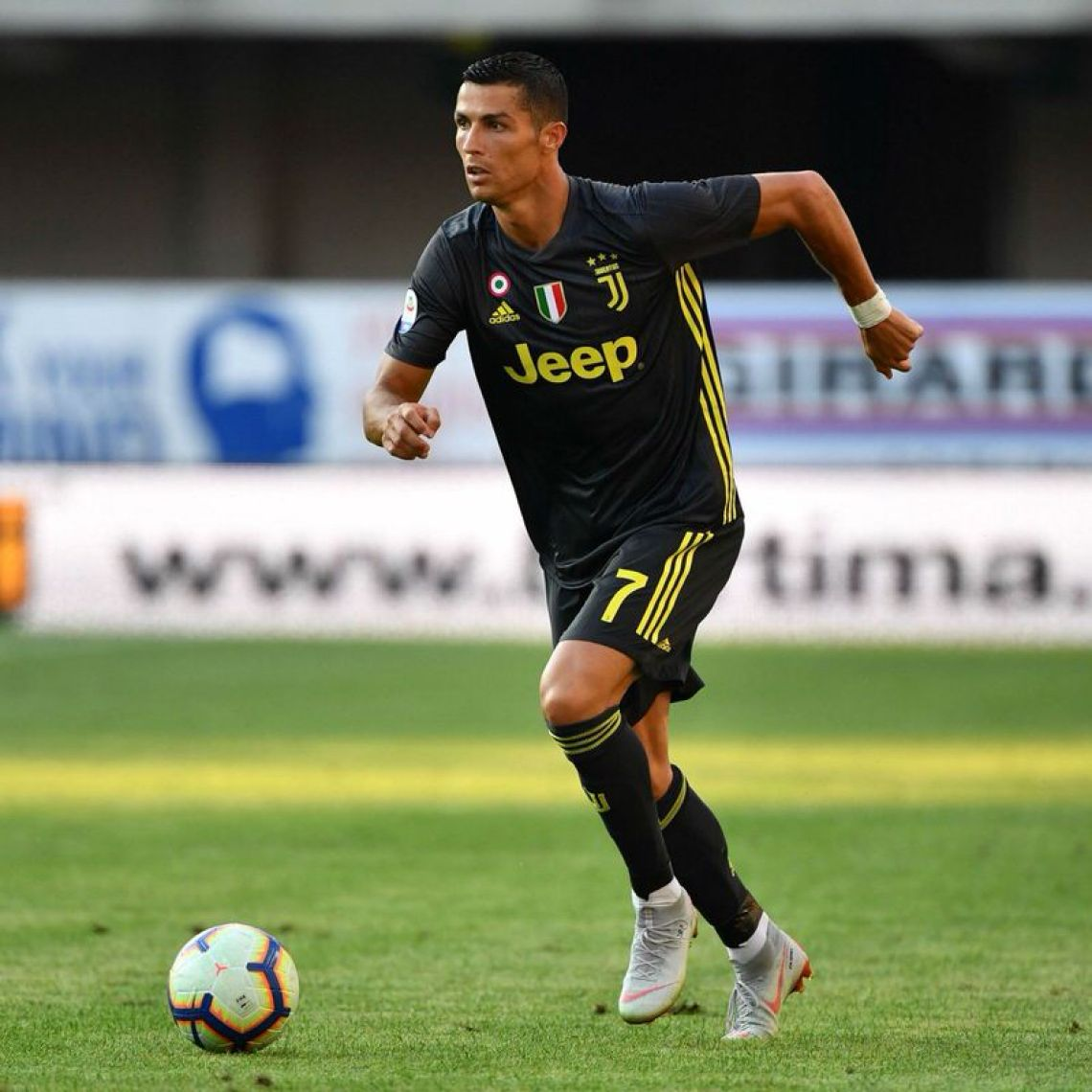 Cristian Ronaldo in the Nike Mercurial Superbly 360 via Alberto Pizzoli 0002464ae8c5e