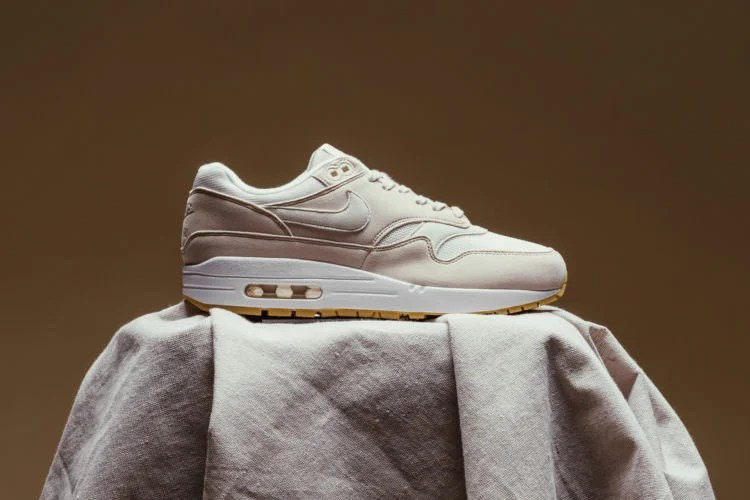 "new arrival b2731 30028 Nike Air Max 1 ""Desert Sand""    Available Now"