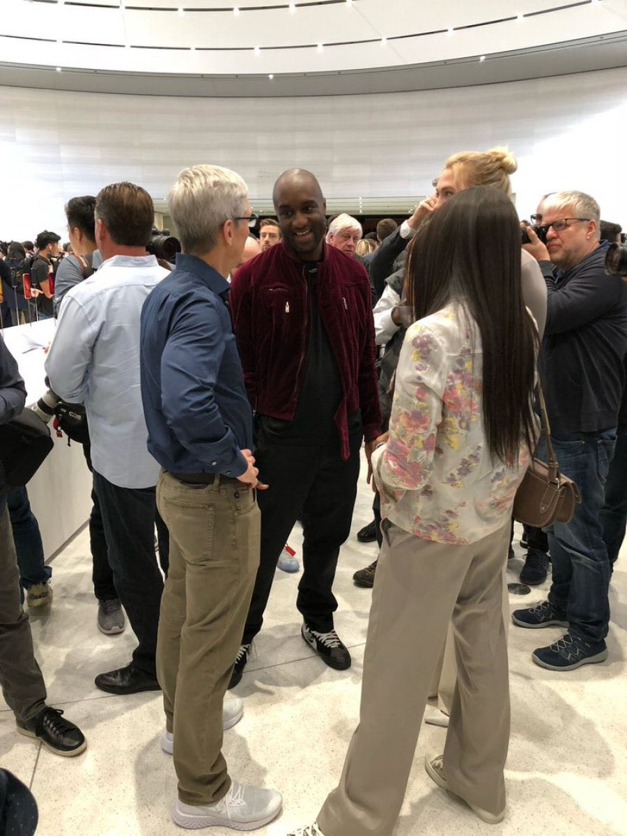 """Tim Cook in the Nike Epic React & Virgil Abloh in the Off White x Nike Blazer Mid """"Spooky Pack"""""""
