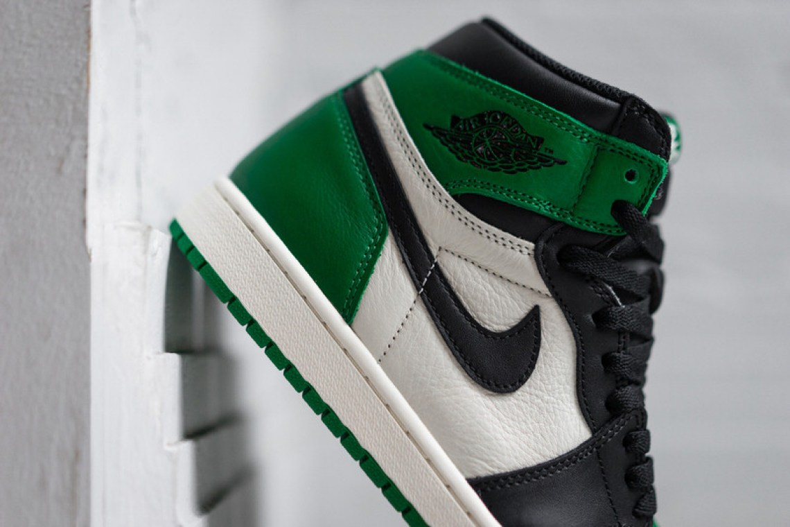 """Air Jordan 1 """"Pine Green"""""""