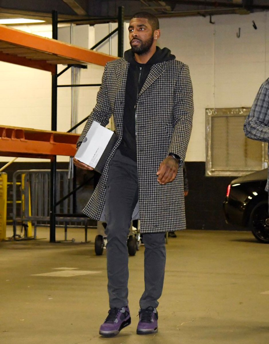 Kyrie Irving in the Travis Scott x Air Jordan 4