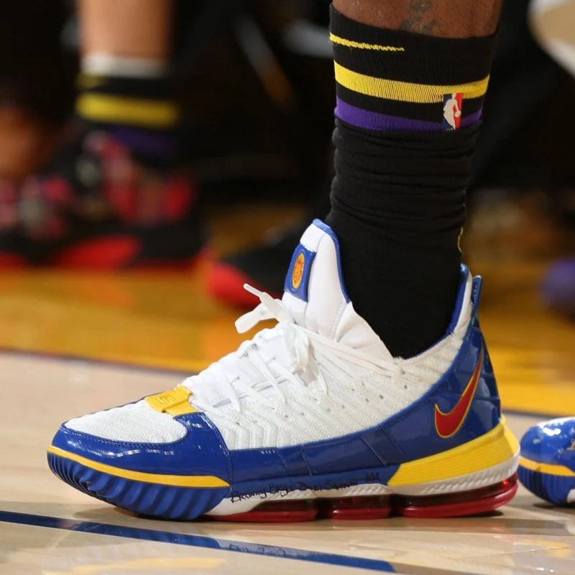 "bc3d3e01281e LeBron James in the Nike LeBron 16 ""SuperBron"" vs. Golden State Warriors  (David Sherman NBAE via Getty Images) ..."