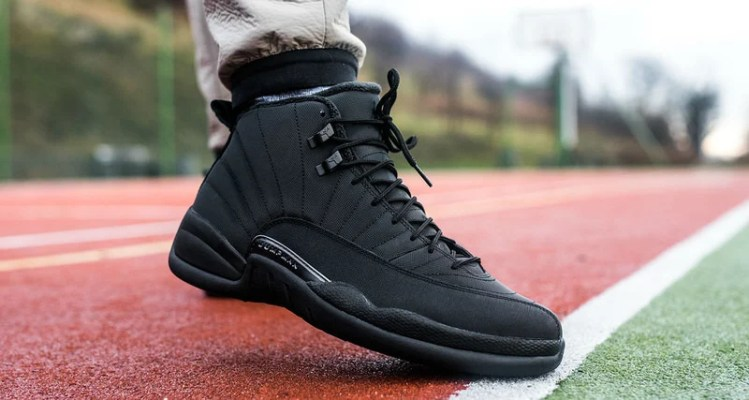 "Air Jordan 12 Winter ""Triple Black"""