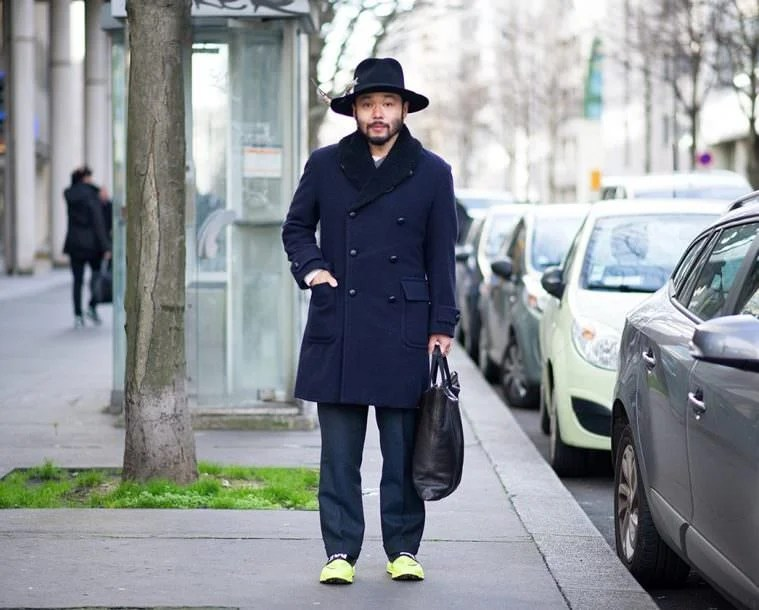 All navy is a great combo for winter, but the Volt hues on Poggy's kicks make the look even more electrifying.
