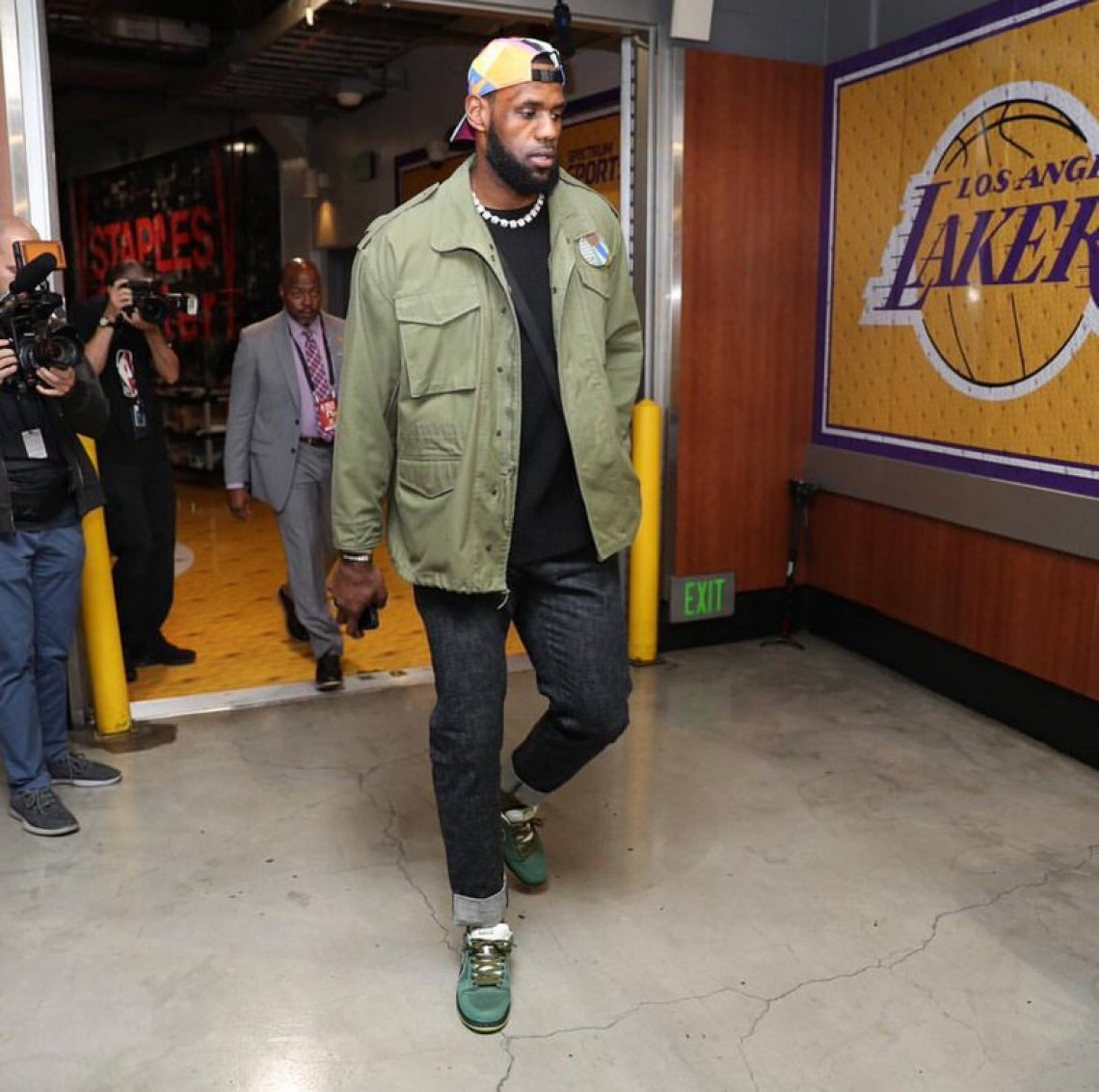 """Lebron James in the Concepts x Nike Dunk SB Low """"Green Lobster"""""""