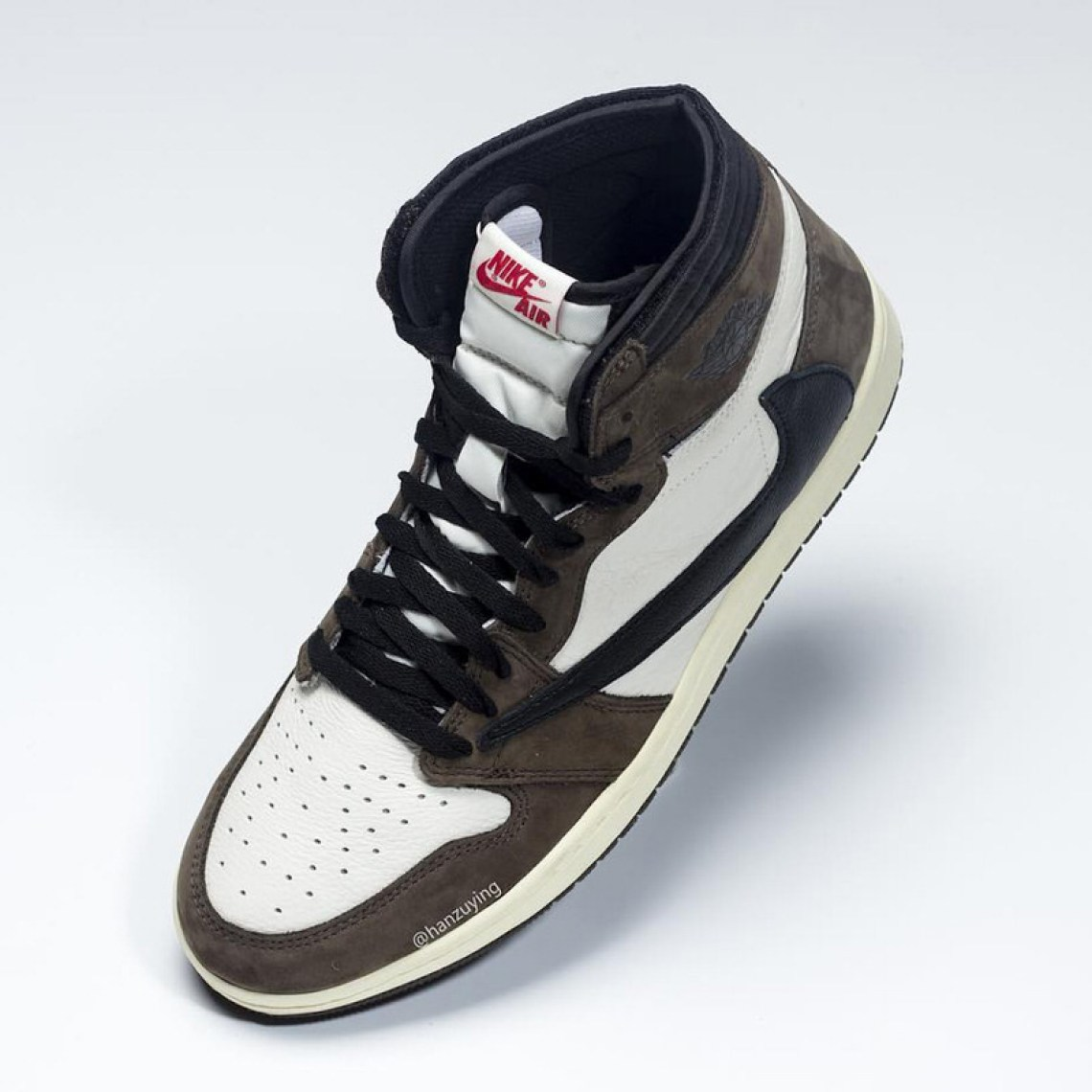 ea2b331d0b1 How to Cop the Travis Scott x Air Jordan 1 | Nice Kicks
