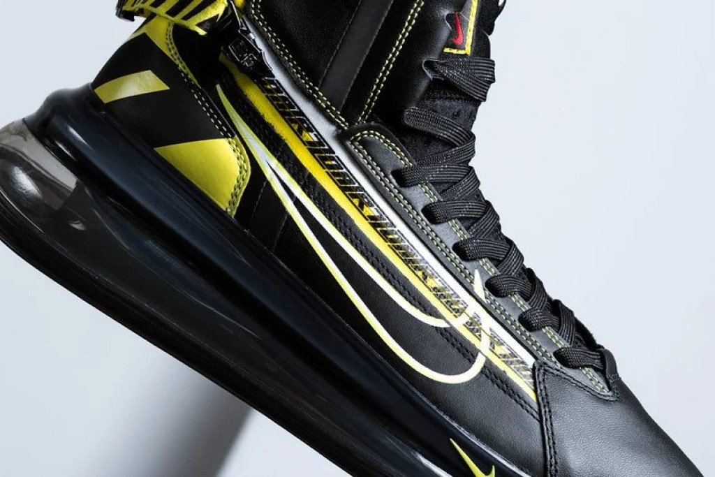 Nike Air Max 720 Satrn