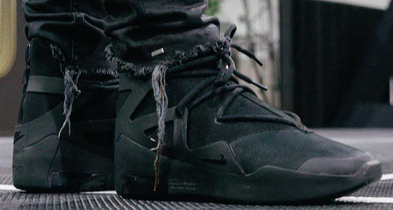 16b5a61cfc86d7 Fear of God Nike Customs