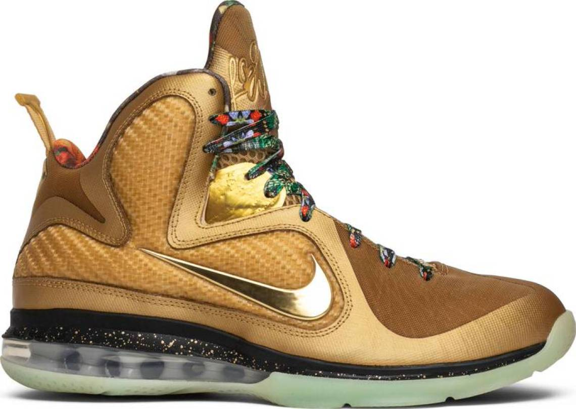 "Trending and topical thanks to the Nike LeBron 16 ""Watch the Throne""  releasing this weekend d5dc47785"