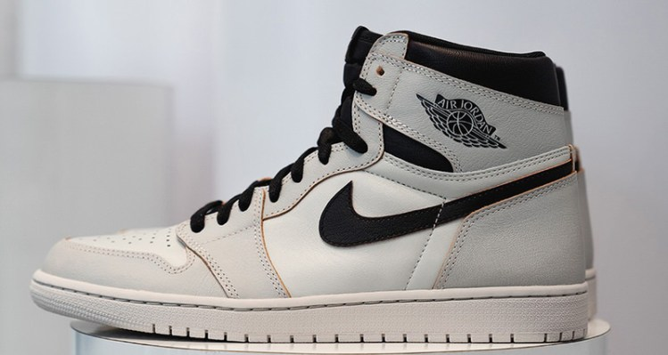 Nike SB x Air Jordan 1 Light Bone/Black
