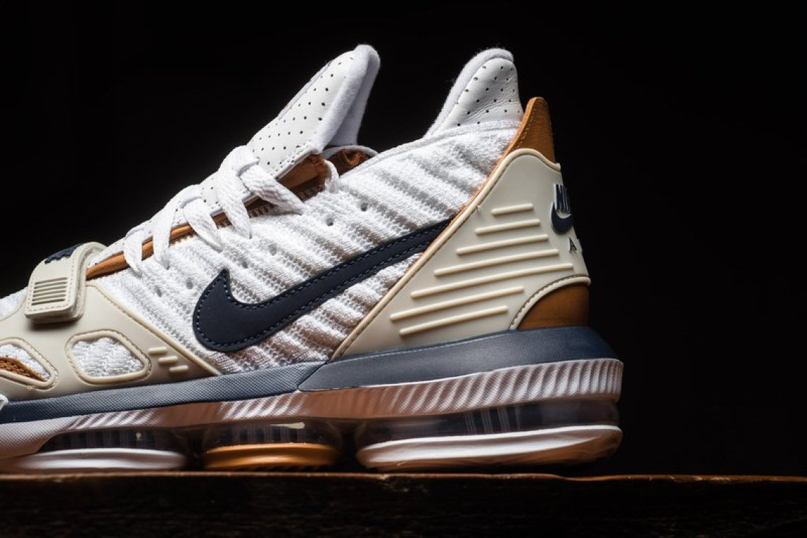 ecd958bd55da Nike LeBron 16