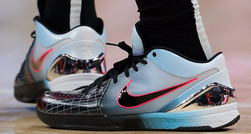 704cfe8c4ca8 The 10 Best Kicks On Court from This Week