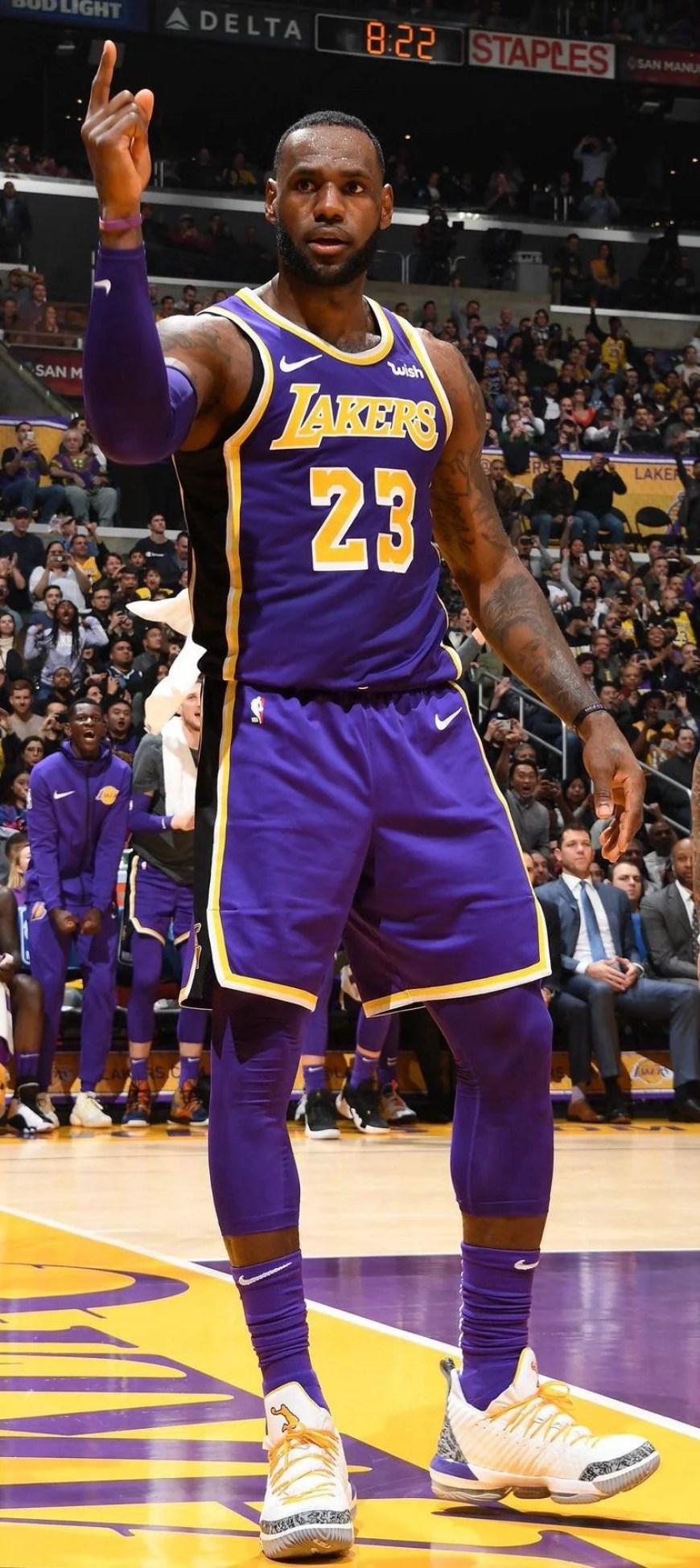 d43b3fd81776 LeBron James in the Nike LeBron 16 PE vs. Denver Nuggets (Andrew D.  Bernstein NBAE via Getty Images) ...