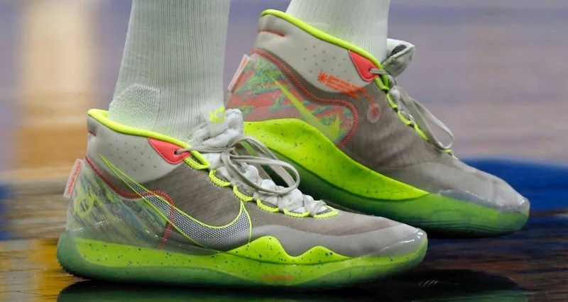 the latest 4f3ee bc129 Kevin Durant Debuts Nike Zoom KD 12 On Court