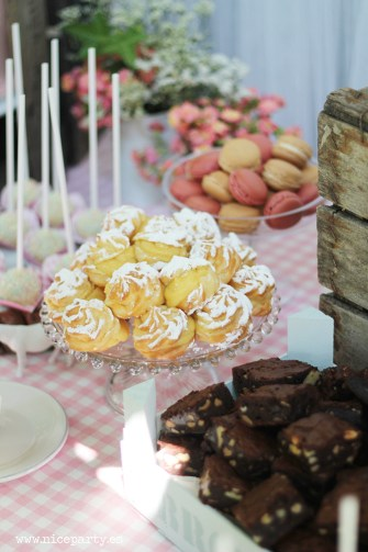 Nice Party Comunión bosque Mesa de dulces y decoración (12)