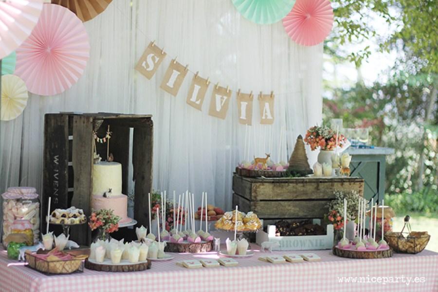 Nice Party Comunión bosque Mesa de dulces y decoración (8)
