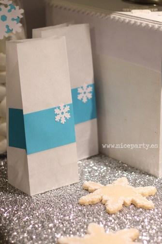 Nice Party fiesta Frozen. Mesa de dulces