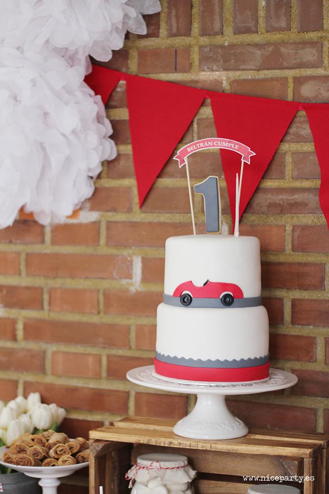 NiceParty Cumpleaños Mesa de dulces coche rojo vintage tarta fondant
