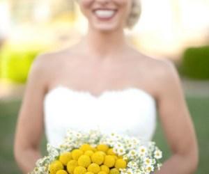Inspiración bodas: Un ramo de craspedias y margaritas
