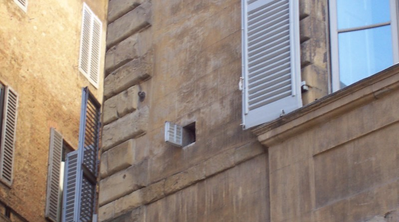 The Smallest Window in the World (Siena)