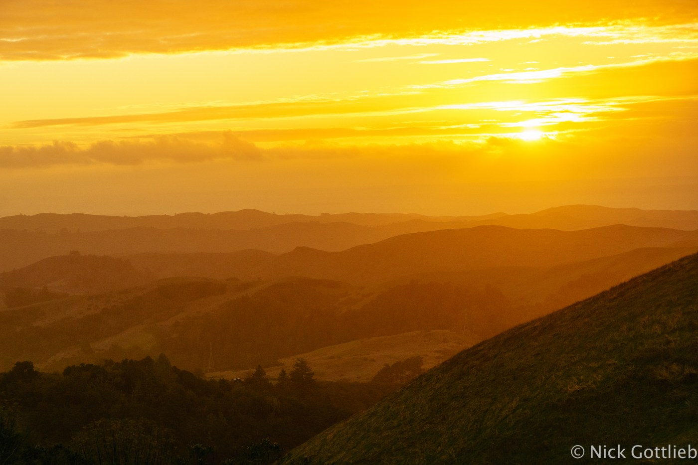 Sunset from Windy Hill on Skyline Boulevard. Hard to believe you're just a few minutes from a bustling metropolis when you're winding through these beautiful hills on the peninsula.