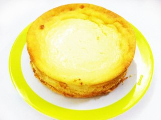 Lemon Filled Cheesecake For Claire