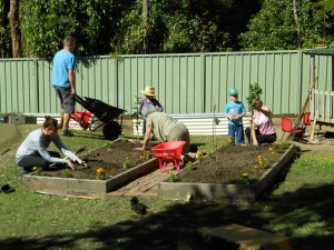 Vegie bed construction at Gumnut childcare centre