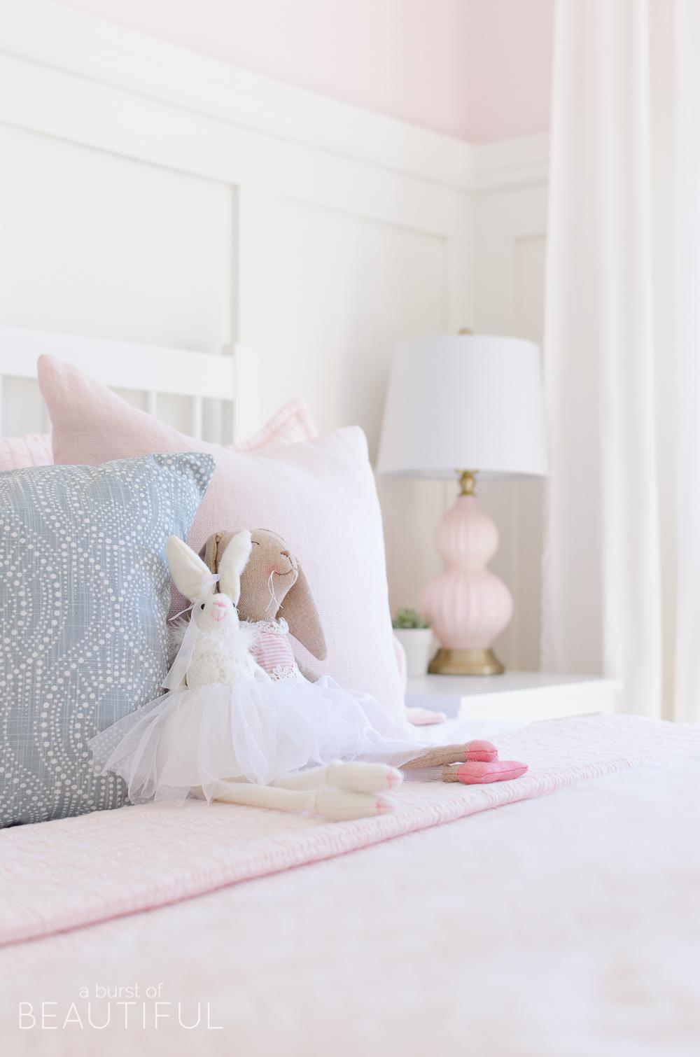 Toddler Girl S Pink Bedroom Nick Alicia
