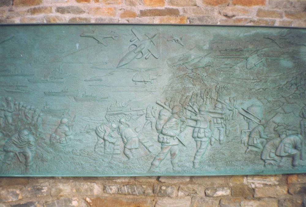 War Memorial, Falkland Islands 2000